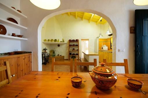Essbereich mit Blick auf die Küche