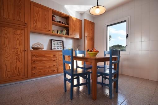Geräumiger Küchenessbereich