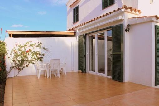 Moderne Erdgeschosswohung mit Terrasse