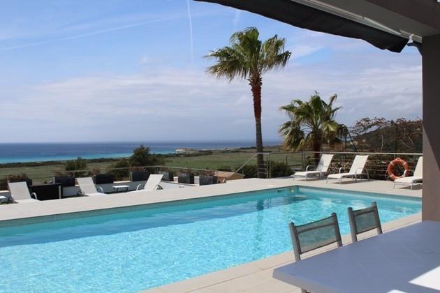 Die perfekte Symbiose aus Meerblick, Komfort und Extravagance - Villa in Son Bou