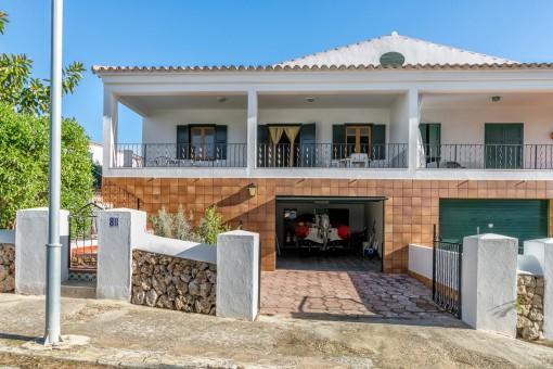 Schöne Familienvilla in Es Canutells
