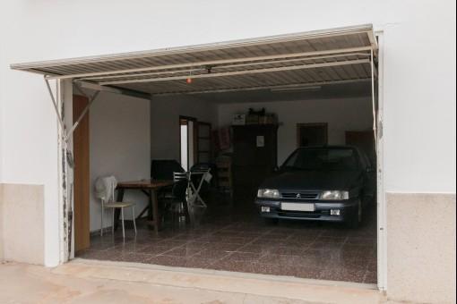 Zusätzlicher Stauraum in der Garage