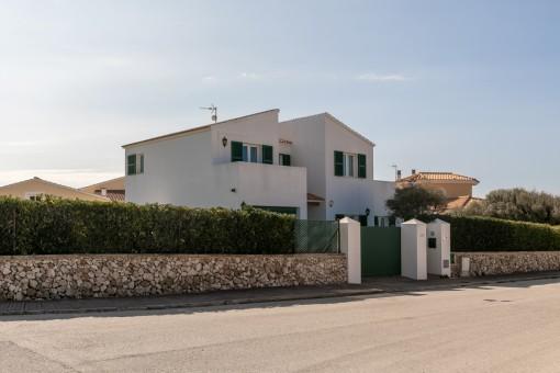 Außenansicht der Villa
