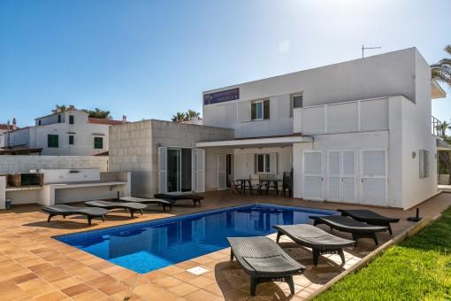 Modernes Einfamilienhaus mit touristischer Vermietlizenz in Ses Salines de Fornells