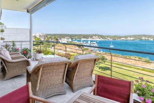 Hochwertiges Apartment mit spektakulärem Blick auf den Hafen von Mahón, Menorca, Spanien