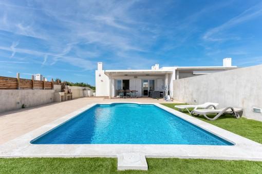 Schönes Haus in Cala Llonga mit Pool