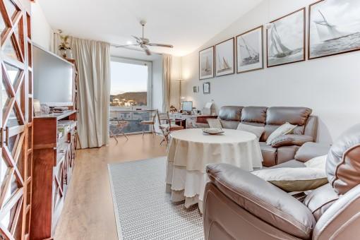 Tolle Wohnung an der Moll de Llevant in Mahon mit Panoramablick auf den Hafen