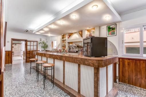 Gepflegtes 23-Zimmer Hotel mit laufendem Betrieb in Mahón