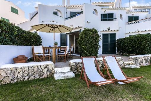 Private Terrase mit Gartenzugang
