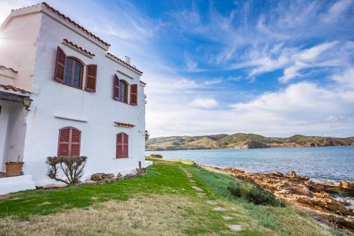Tolles Apartment in erster Meereslinie in Playas de Fornells