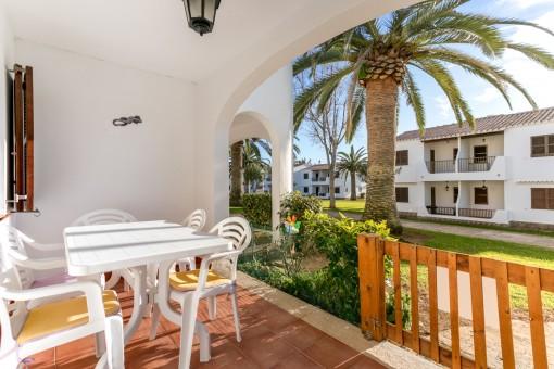 Schönes, ebenerdiges Apartment in San Jaime, nur wenige Gehminuten vom Sandstrand entfernt