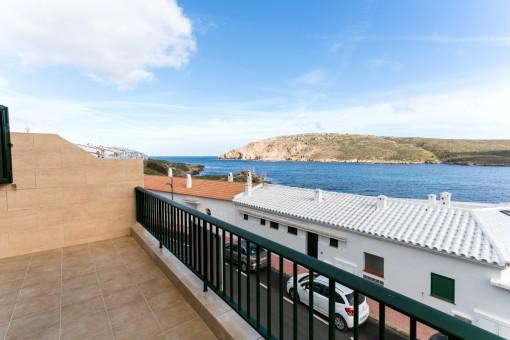 Schöne Wohnung mit tollem Blick über die Bucht von Fornells