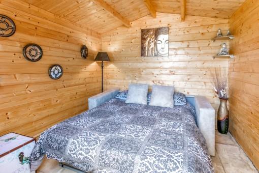 Schlafzimmer in der separaten Hütte