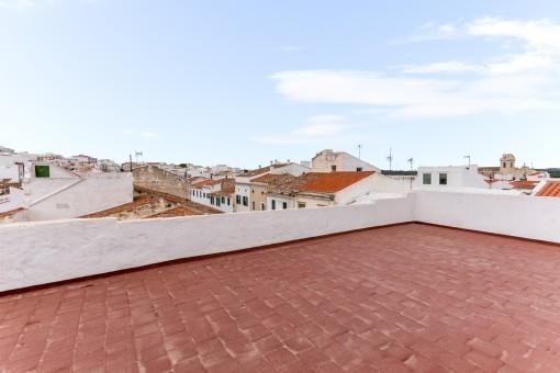 Großes Haus mit 4 Appartements in Mahón