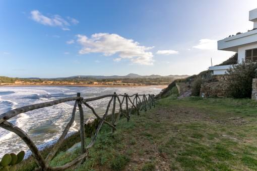 Spektakuläre Wohnung am Strand von Cala Tirant