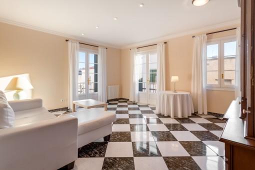 Schöne helle, geräumige und zentrale Wohnung in Mahón