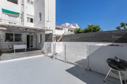 Schöne, kürzlich renovierte Wohnung mit großer Terrasse im Zentrum der Hauptstadt Mahón