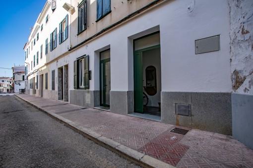 Maisonette-Wohnung im Zentrum der Hauptstadt Mahón mit Blick auf die Dächer der Altstadt