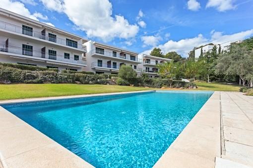 Herrliche Wohnung mit Meerblick in Wohnanlage mit Pool in Coves Noves