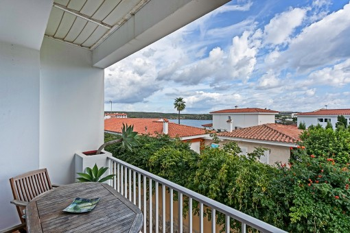 Maisonette-Wohnung in einer Wohnanlage mit Pool und Meerblick in Es Castell