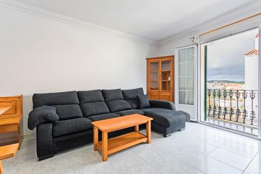Geräumige Wohnung mit 4 Zimmern zentral gelegen in Es Mercadal