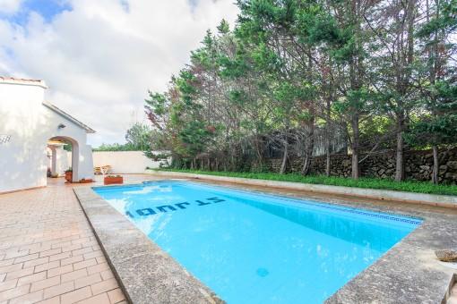 Ruhig gelegenes, familienfreundliches Haus mit Pool in Binixica