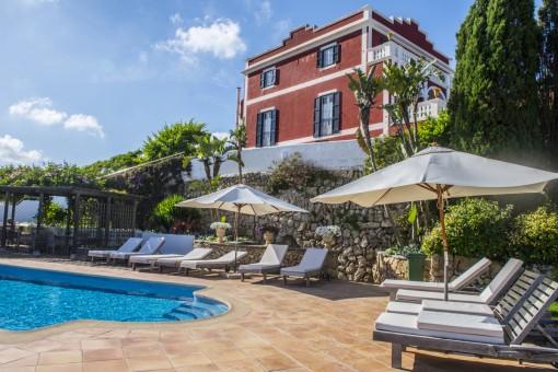 Wunderschönes Landhaus/Hotel bei Es Castell mit Meerblick und viel Charm