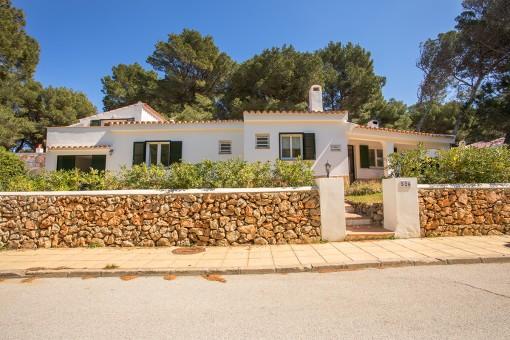 Charmante Villa mit Pool und Touristenlizenz am Rande des Waldes in Son Parc und 5 Minuten vom Strand entfernt