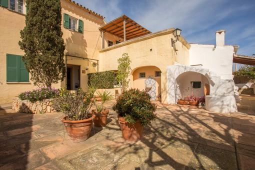 Schönes familiäres Bed and Breakfast Hotel mit Pool und Garten in idyllischer Lage bei Sant Luis