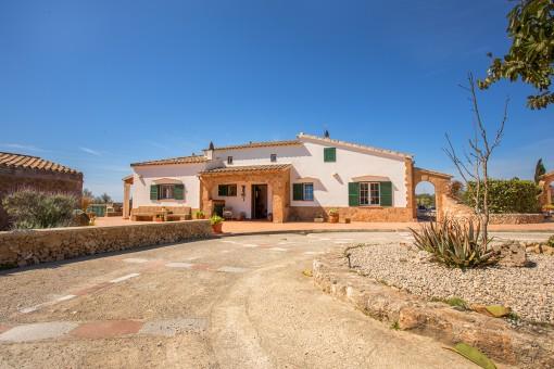 Wunderschönes Anwesen mit Pool mitten auf dem Lande an dem Cami d'en Kane, zwischen Mahón und Alaior