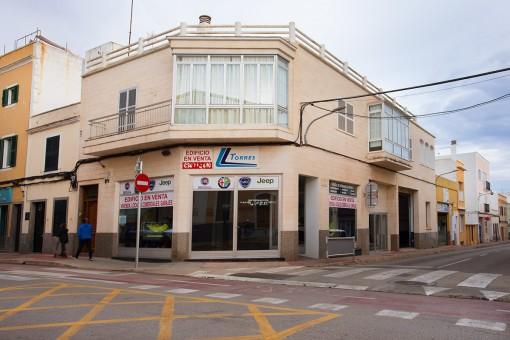 Großartige Gelegenheit nur einen Steinwurf vom historischen Zentrum von Ciutadella entfernt und Potenzial für ein Boutique-Hotel
