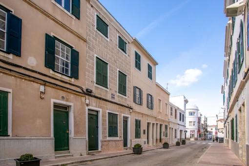 Typisches Herrenhaus zum Renovieren im Zentrum der Hauptstadt Mahón